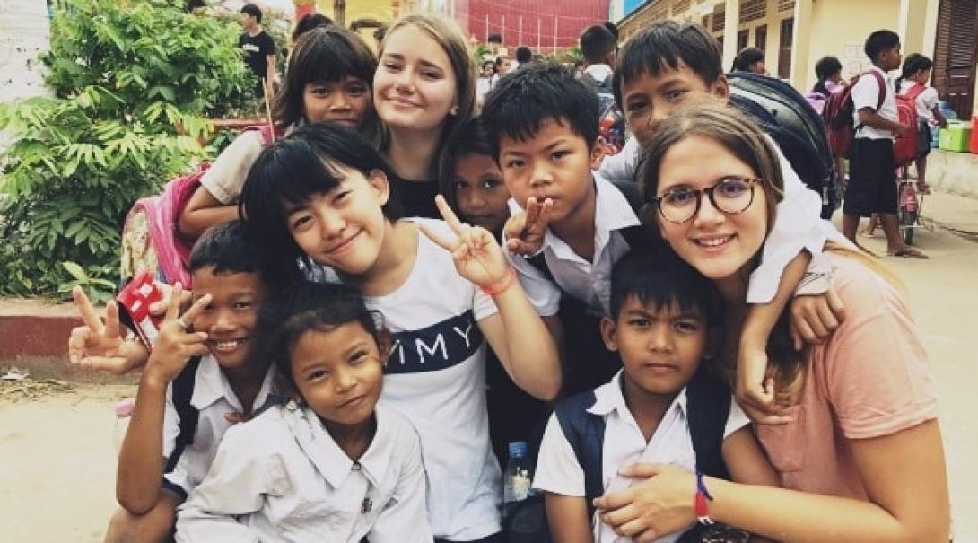 カンボジアでチャイルドケア&地域奉仕活動 J.A.